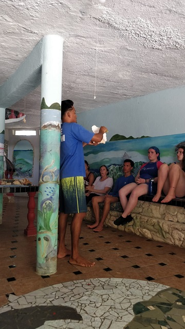 Belize 2018 volunteer trip – Day 9 - She sells sea shells on the sea shore