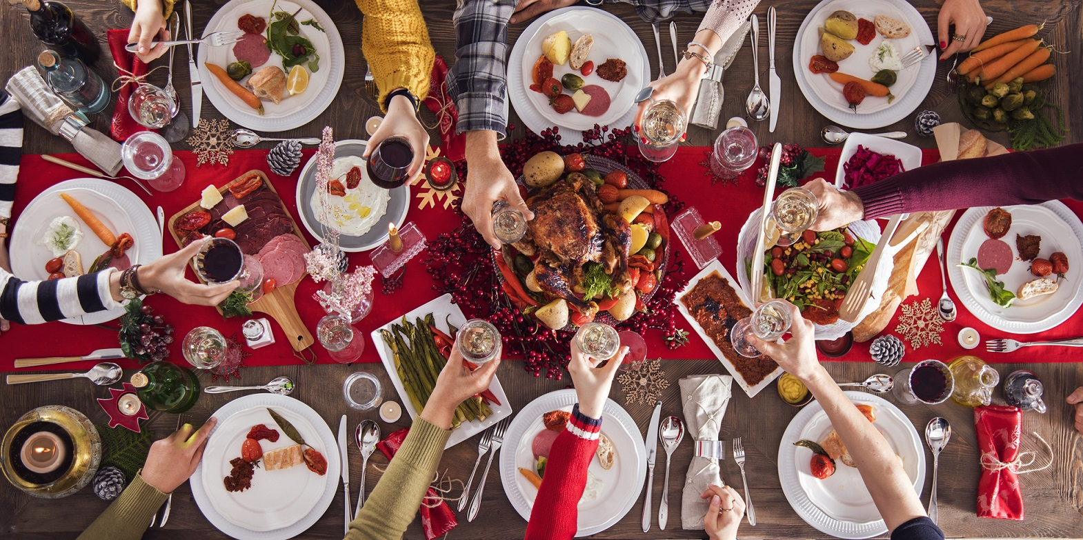 How to arrange the perfect office Christmas dinner | BE Offices