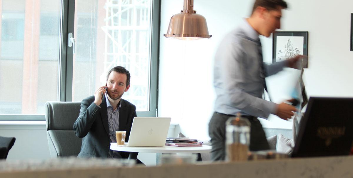 ServicedOffices_Aldgate_Workers.jpg